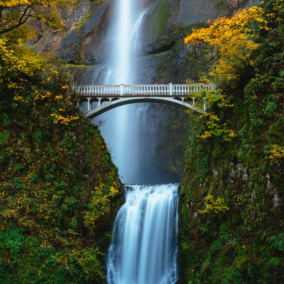 Columbia River Gorge Fall Foliage in Multnomah Falls Oregon